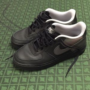 Nike Air Force 1 Size 6y